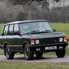 The best car in the world in my opinion, a range rover classic. The best luxury utility car ever. #rangerover #classiccar #globalclassic