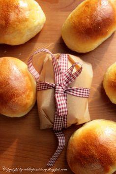 Nie zapomnij śniadania do pracy. Hamburger, Bread, Food, Dinner Rolls, Brot, Essen, Baking, Burgers, Meals