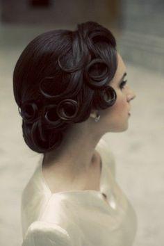 ballfrisuren selber machen lockiges haar