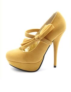 I love yellow shoes.