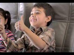 Video de seguridad Volaris con niños- great video! Lo que se puede hacer o no en un avion