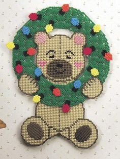 Plastic Canvas - Special Occasions - Christmas - Wreath of Lights Bear - #FP00292