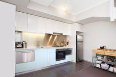 Small Apartment - Hunter St.