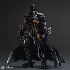 DC Comics - VARIANT Play Arts Kai: Batman Armored Figure