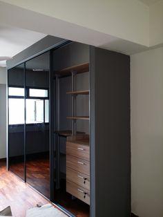 Modular pole system wardrobe Sliding Panels, Sliding Closet Doors, Sliding Wardrobe, Walk In Wardrobe, Walk In Closet, Bedroom Closet Design, Closet Designs, Dream Bedroom, Best Closet Systems