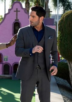 Tom Ellis, Morning Star, Suit Jacket, Breast, Suits, Jackets, Fashion, Profile, Down Jackets