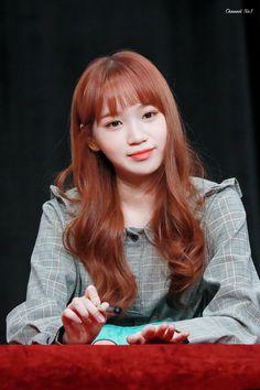 181118 Busan(부산) 7th fan sign event #izone #chaewon