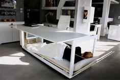 Nap Desk: la scrivania che si trasforma in letto per dormire a lavoro
