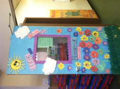 My preschool class- spring door decorations :)