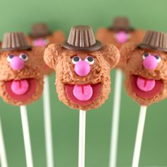 Muppets Fozzie Bear Cake Pops -   So delicious they're unbearable... Get it?! These Fozzie cake pops are no joke! Hoo boy, tough crowd.