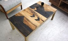wood graphic table seen on identicaleye.blogspot.com