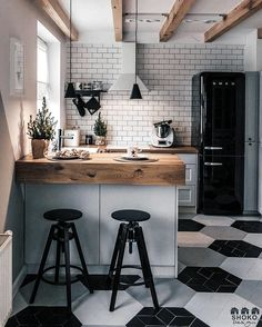 """Beautiful small cozy kitchen from project """"Poudre is designed. - Home Decor Stunning small cozy kitchen from mission """"Poudre is designed by SHOKO.design & Photograph by & Com. French Kitchen Decor, White Kitchen Decor, Cozy Kitchen, Home Decor Kitchen, Home Kitchens, Kitchen Ideas, Kitchen Island, Smeg Kitchen, Kitchen Modern"""