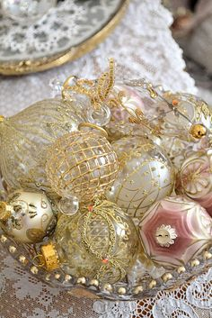 Beautiful ornaments.  by themselves underwhelming, but as a collection, they make a fabulous tree