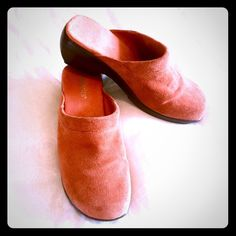 """⬇️FINAL MARKDOWN⬇️Suede Leather Mules 2.5"""" Heel Worn once. Color is orange but not a bright orange, more like a dark orange. Damiani's Shoes Mules & Clogs"""