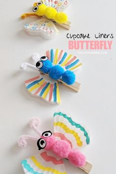 Cute butterfly craft for kids. Easy spring craft project for preschool, pre-k, and kindergarten kids. Easy butterfly craft that kids can make. Simple spring theme arts and crafts project for preschool and kindergarten kids. Spring Crafts For Kids, Craft Projects For Kids, Crafts For Kids To Make, Arts And Crafts Projects, Summer Crafts, Fall Crafts, Art For Kids, Kids Diy, Craft Ideas