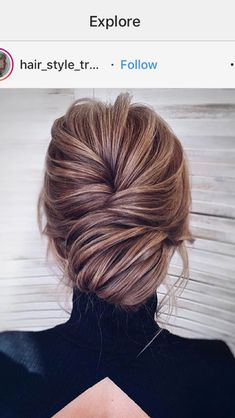 Trendy Wedding Hairstyles Classic Updo Low Buns - New pins Low Bun Hairstyles, Elegant Hairstyles, Bride Hairstyles, Party Hairstyles, Classic Hairstyles, Formal Hairstyles, Hairdos, Summer Wedding Hairstyles, Brunette Hair