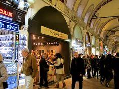 Quer fazer compras por um preço bacana e de quebra conhecer Istambul? Nossa colunista Rafa Micheletti conta quais os hotspots da quinta maior cidade do mundo!