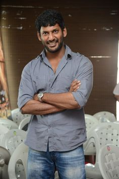 #Vishal is all smiles  Read More @ http://kalakkalcinema.com/vishal-smiles/