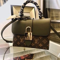 Cheap Best High Quality Replica Chanel bags and purses on sales Louis Vuitton Rucksack, Louis Vuitton Wallet, Louis Vuitton Handbags, Purses And Handbags, Louis Vuitton Monogram, Replica Handbags, Coach Handbags, Coach Bags, Leather Handbags