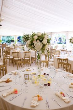 Marquee wedding - fresh and bright lighting