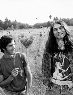 "pinkfled: ""Nirvana's Krist Novoselic and Kurt Cobain, Photo by Charles Peterson. Dont Lie To Me, Kurt And Courtney, Musical Hair, Grunge, Nirvana Kurt Cobain, Music Machine, Old Music, Dave Grohl, No Name"