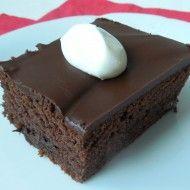 Fotografie receptu: Jogurtový koláč s čokoládou