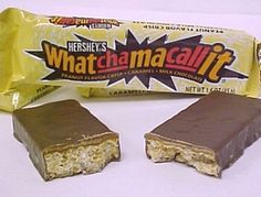 Whatchamacallit candy bars - i remember when these came out! My favorite candy bar in elementary school! School Memories, My Childhood Memories, Sweet Memories, Retro Candy, Vintage Candy, Vintage Food, Vintage Stuff, 1980s Candy, Retro Food
