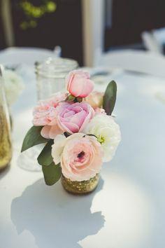 Beautiful, Simple Blush & White Centerpiece | Sarah Kathleen Photography