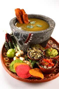 In Mexico, an exotic cuisine is waiting for you. Chocolate Fondue, Mexican Food Recipes, Exotic, Waiting, Mexico, Restaurant, Desserts, Kitchens, Deserts