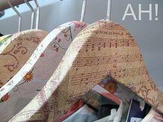 Naifandtastic:Decoración, craft, hecho a mano, restauracion muebles, casas pequeñas, boda: Mi próximo proyecto: Perchas forradas