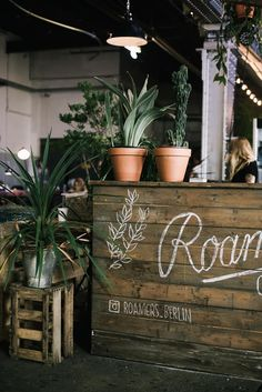 Roamers is a beautiful spot with good food, amazing atmosphere and friendly service in Berlin.