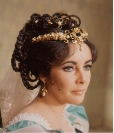 Elizabeth Taylor as Katharina in Taming of the Shrew 1967 - Director: Franco Zeffirelli ~another one of my fake profiles?~
