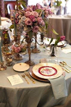 Full-view table arrangement - The Firehouse Wedding Showcase, Old Sac