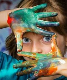22 things creative people do differently than the rest. If you're creative, you will understand. - Like us on FB: Creative people are different. There's something charming and irresistible about them, somehow they manage to s. Koi, Photo Images, Cool Mom Picks, Art Therapy Activities, Play Therapy, Kid Activities, Outdoor Activities, Color Psychology, Creative People