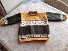 Green, yellow& white striped hand knitted sweater - Groen, geel & wit gestreepte handgebreide kindertrui