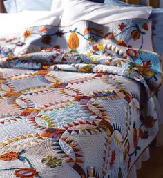 I love this quilt and the quilting on it is great!  Guest Rm. for grandaughters  I want a grandmother with a guest room like this for her darlings.