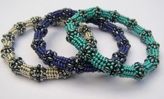 Beaded beads necklace by Akke - pattern for purchase