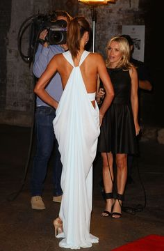 Beautiful! Love the backside of this dress.