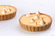 Let's eat Tarts & Pies. Meringue, Tarts, Lemon, Desserts, Food, Merengue, Mince Pies, Tailgate Desserts, Pies