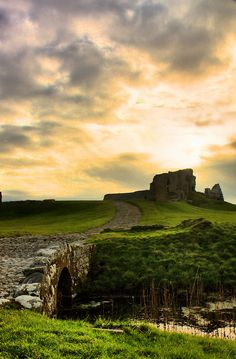 Duffus Castle - Scotland (von Rob Outram)