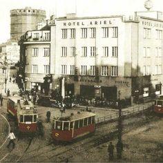 Domy uprostřed Karlova náměstí - Proměny