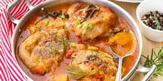 Turkey Ossobuco Osso Bucco In Tomato Gravy With Mushrooms Stock Photo - Image: 80408149 Meat Recipes, Healthy Recipes, Chicken Recipes, Weigh Watchers, Stuffed Mushrooms, Stuffed Peppers, Kitchen Recipes, Good Food, Easy Meals