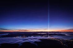 Sunrise from Mt Wellington in Hobart, Tasmania W/ Ryoji Ikeda - Spectra [OC 2750 x 1833] - Imgur