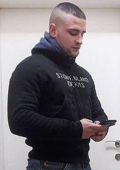 Finding The Best Short Haircuts For Men Military Haircuts Men, Haircuts For Men, Crew Cuts, Short Hair Cuts, Short Hair Styles, High And Tight Haircut, Bald Look, Low Maintenance Haircut, Fade Haircut