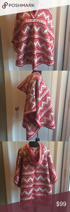 Final! Amazing Aztec Vintage Poncho Red and White Coziness Galore! EUC! Vintage Jackets & Coats Capes
