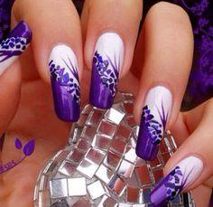 Very pretty purple nails