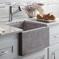 Apron Sink Kitchen, Prep Kitchen, Farmhouse Sink Kitchen, Kitchen Decor, Kitchen Ideas, Small Kitchen Sinks, 70s Kitchen, Narrow Kitchen, Apartment Kitchen
