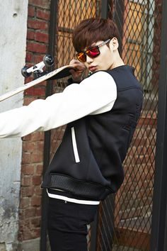 More Of Lee Jong Seok For OAKLEY Eyewear Ads   Couch Kimchi