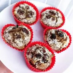 Recept; Lekkerste gezonde muffins ooit – manouk.moves Delicious Cake Recipes, Yummy Cakes, Snack Recipes, Lactose Free Recipes, Happy Foods, High Tea, Tapas, Healthy Snacks, Good Food