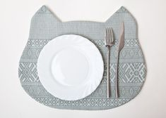 One kitty that's always welcome at the dinner table. #etsy #etsyfinds